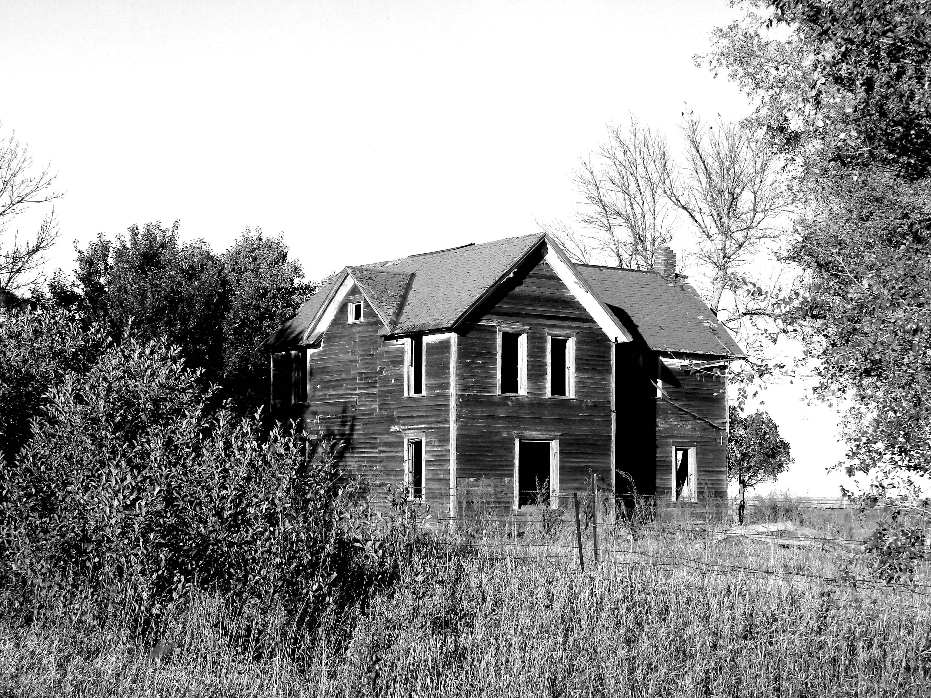 deserted farm poem analysis History of 'natal literature' until the 1930s, and a brief commentary on a  the  old women were left in the abandoned sites,  is hazier than the tiny farms.